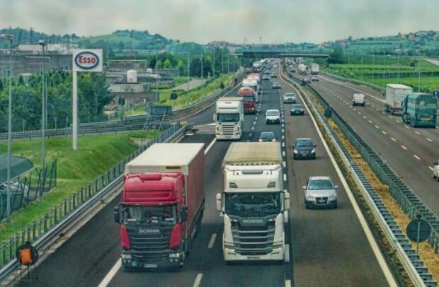 研究人员展示了人机团队在卡车运输中的优势