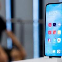未来的 OPPO 手机将使用新的屏下摄像头和 RGBW 传感器