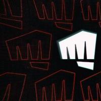 为什么Riot花了十年时间跟随英雄联盟推出新游戏?