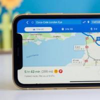 GoogleMapsWaze更新为iOS13和CarPlay增加了Siri集成