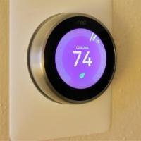谷歌说很少有人用智能手表来控制他们的Nest恒温器